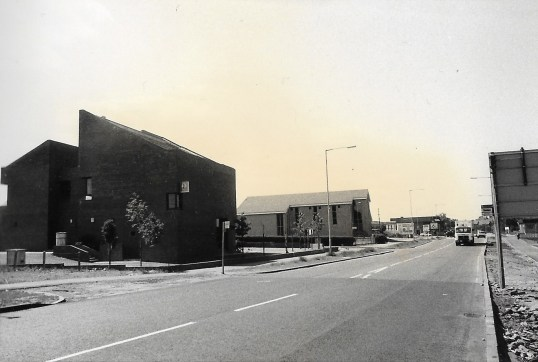 1985 Glasgow Road west2