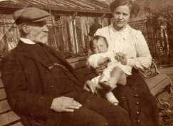 1910 or so John Gray & Agnes Gray at Grays Buildings