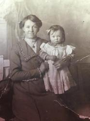 Elizabeth & little Peggy Kenohan c 1920