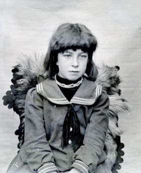 1905 Mary Ritchie
