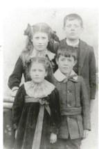 1910 The Marshall Children of Calderside, shared by J Cochrane