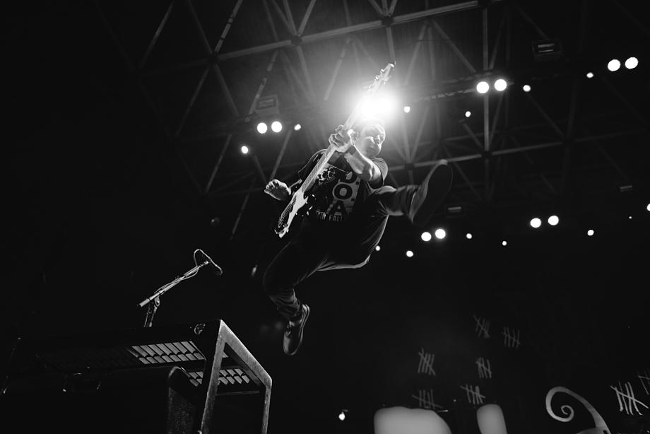 Rise Against-6