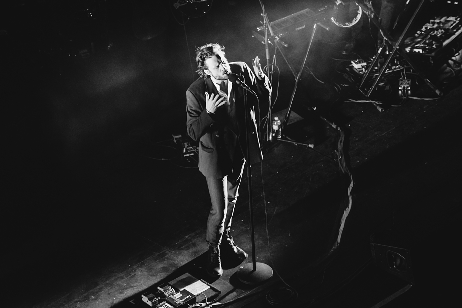 Father John Misty - Royal Alexandra Theatre-7