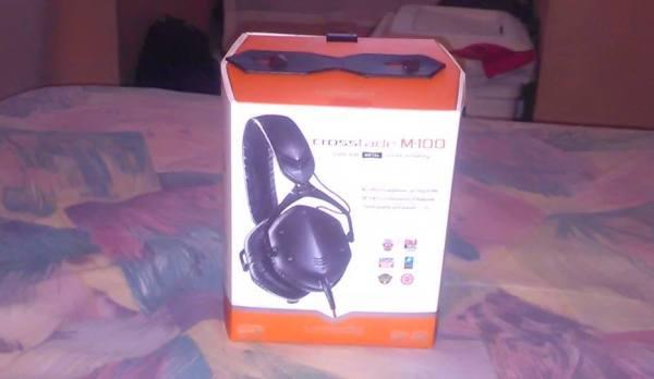 VMODA_Headphones_04