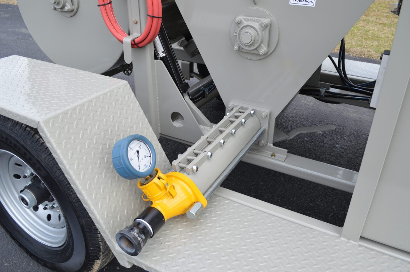 RS-60 Shotcrete Mixer-Pump Discharge