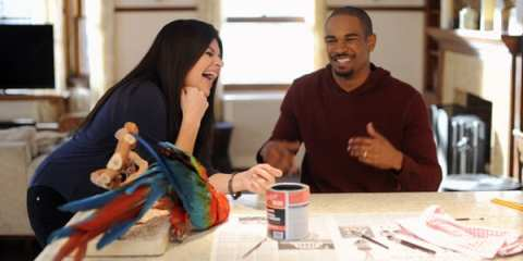 Penny (Casey Wilson) and Brad (Damon Wayans Jr.) try to hide the death of Alex's (Elisha Cuthbert) parrot.