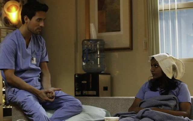 Mindy (Mindy Kaling) takes Jeremy's (Ed Weeks) advice and seeks out a casual hookup with Brendan (Mark Duplass)