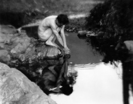 9a-Imogen Cunningham - Roi on the Dipsea Trail, 1918_560