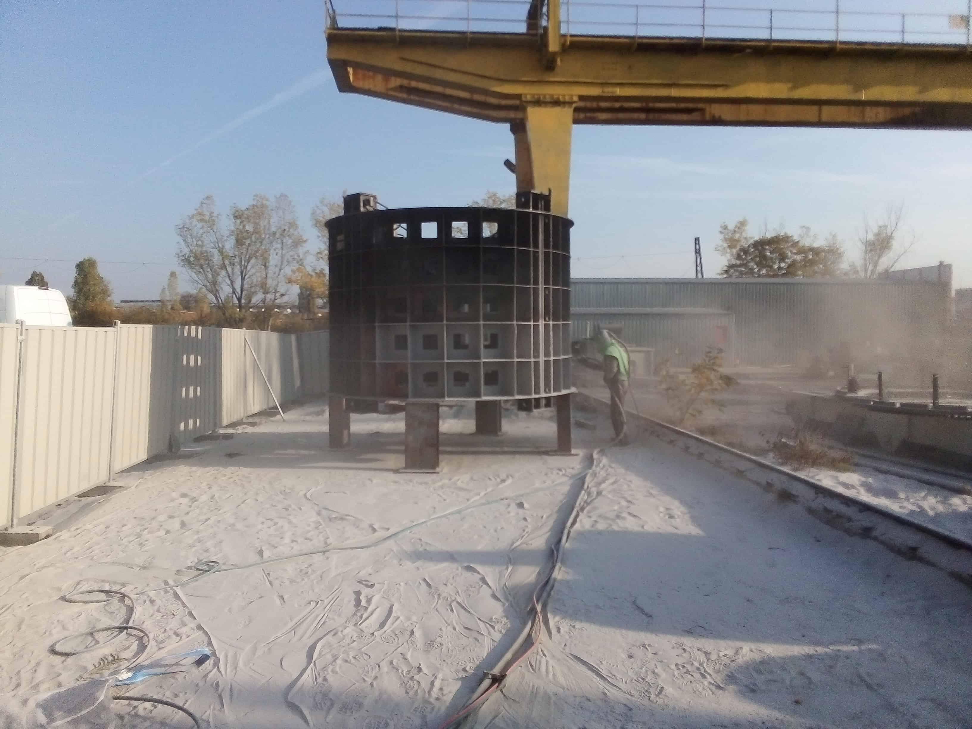 Пясъкоструене на терен хидрогенератор