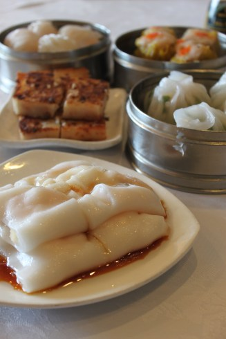 Dimsum! (from Capital Seafood) I don't know how to make these.