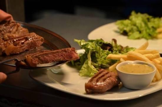 Steak Frites - Serving (Photo Courtesy Steak Frites)