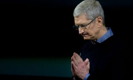 Apple CEO Pledges $1 Billion Towards Creation of US Manufacturing Jobs