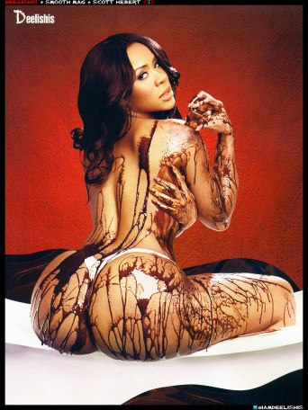 Deelishis in chocolate: Model Of the Week