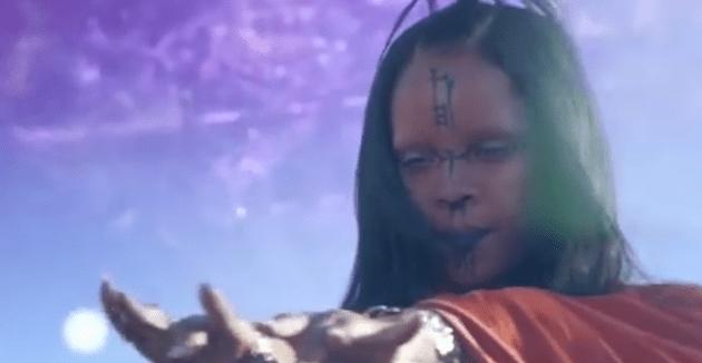 """Rihanna """"Sledgehammer"""" (Video)"""