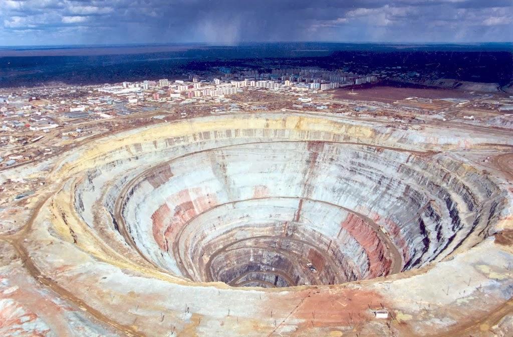 World's largest diamond mine