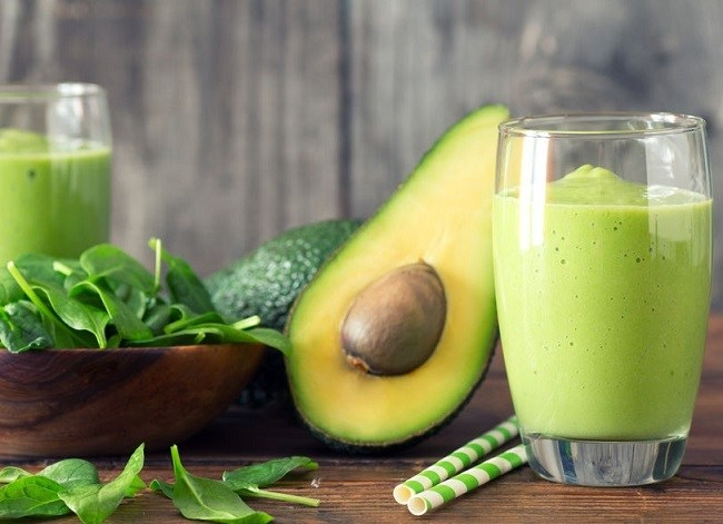 Avocado-Mint Fat Burning Smoothie