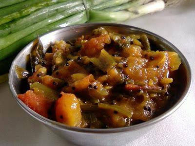 Tomato Ullikadala Koora ~ Tomato And Spring Onion Curry