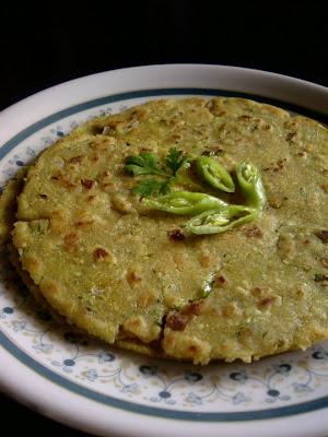 Masala Jonna Rotte ~ Spicy Sorghum Roti
