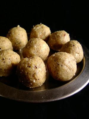 Raisins and Roasted Gram Laddu