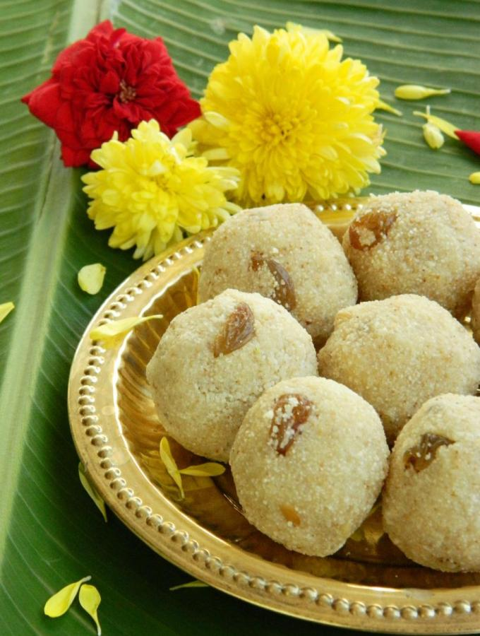 Easy Rava laddu Recipe ( Version 1)