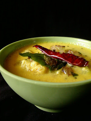 Vellarikka Pulissery | Onam Sadhya Recipes
