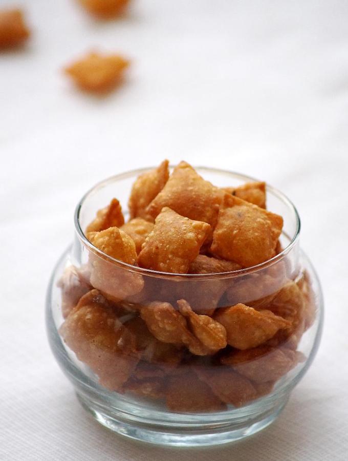 Karam Kajalu Recipe – Savory Diamond Cuts – Easy Diwali Snacks Recipes
