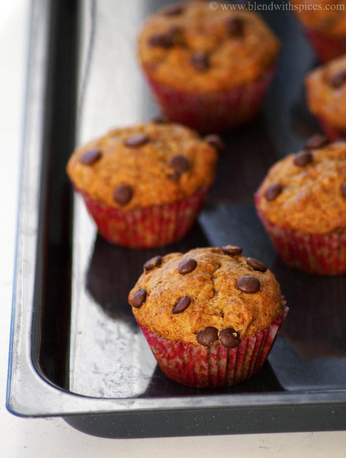 Eggless Wheat Banana Chocolate Chip Muffins Recipe – Easy Eggless Baking Recipes