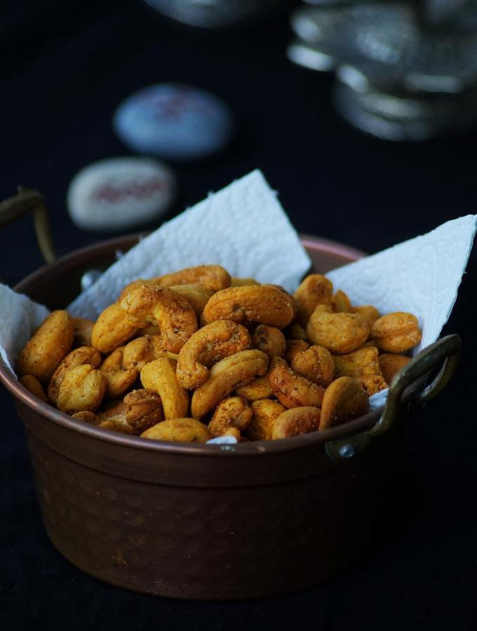 Oven Roasted Cashew Nuts Recipe – Easy Diwali Snacks Recipes