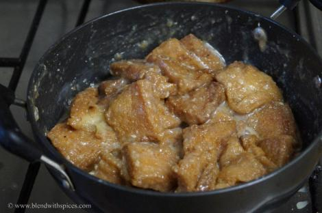 Double Ka Meetha Recipe step by step, hyderabadi cuisine recipe, blendwithspices.com