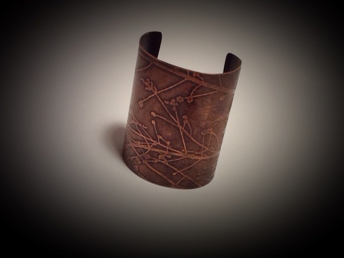 "3"" Wide Cuff- Cherry Tree, Small-Med"