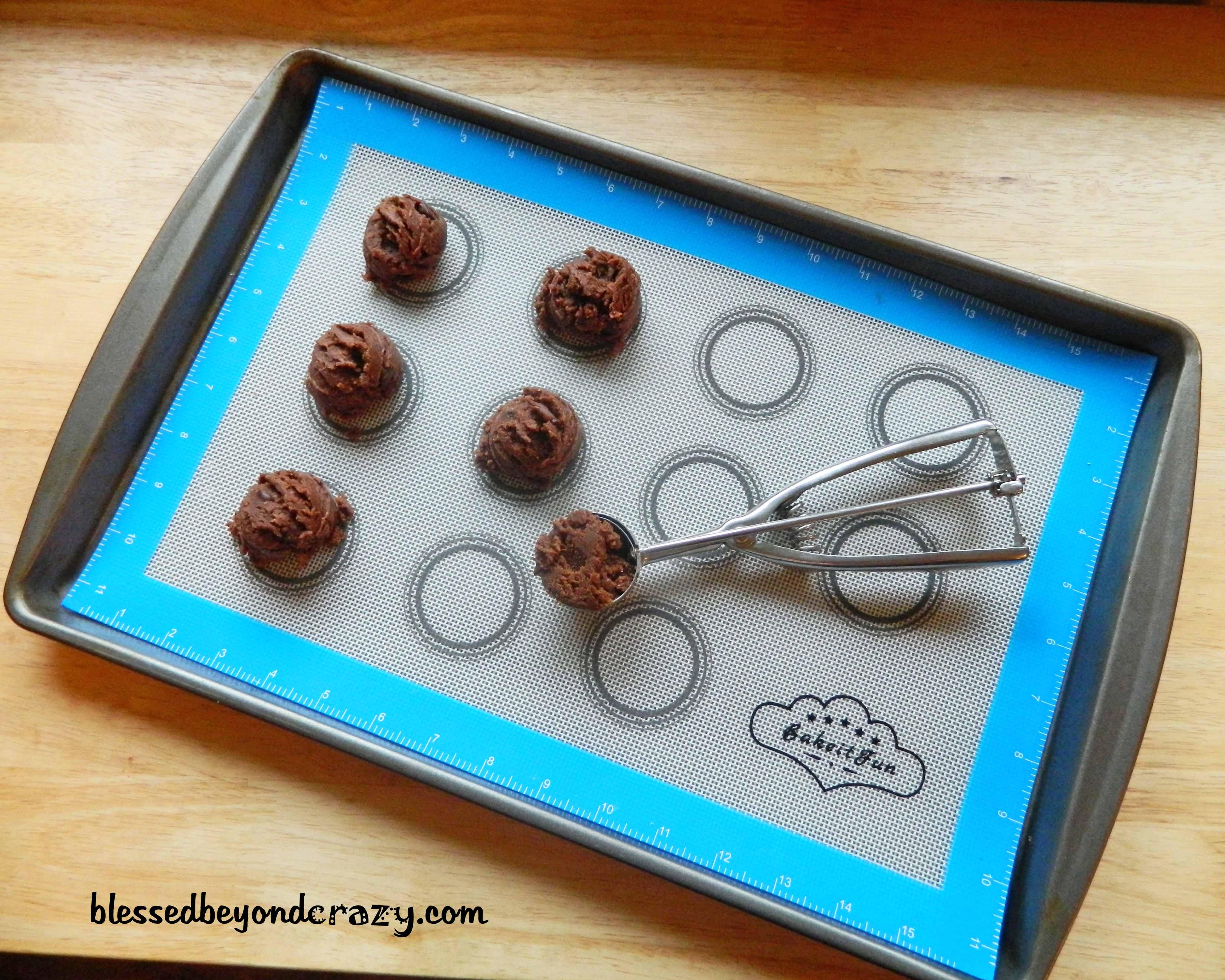 cookies and baking mat