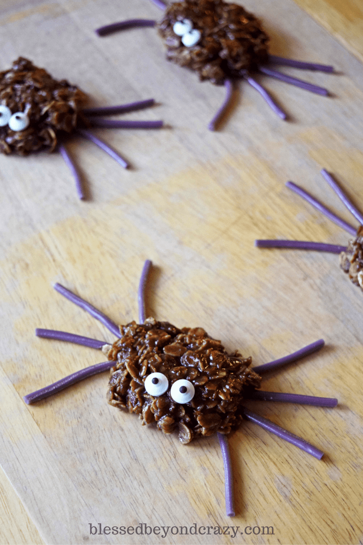 no-bake-spider-cookies-for-halloween-super-cute-and-easy-to-make