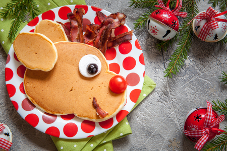 christmas fun food for kids. rudolph reindeer pancake for breakfast