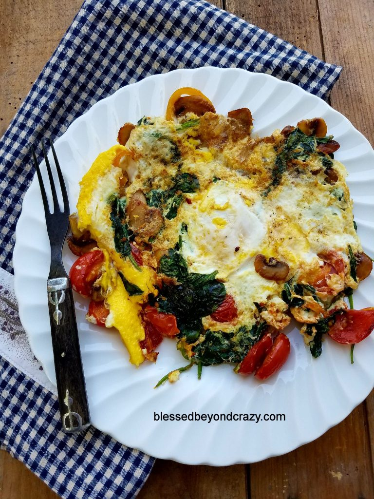 Quick and Healthy Egg and Veggie Skillet Breakfast