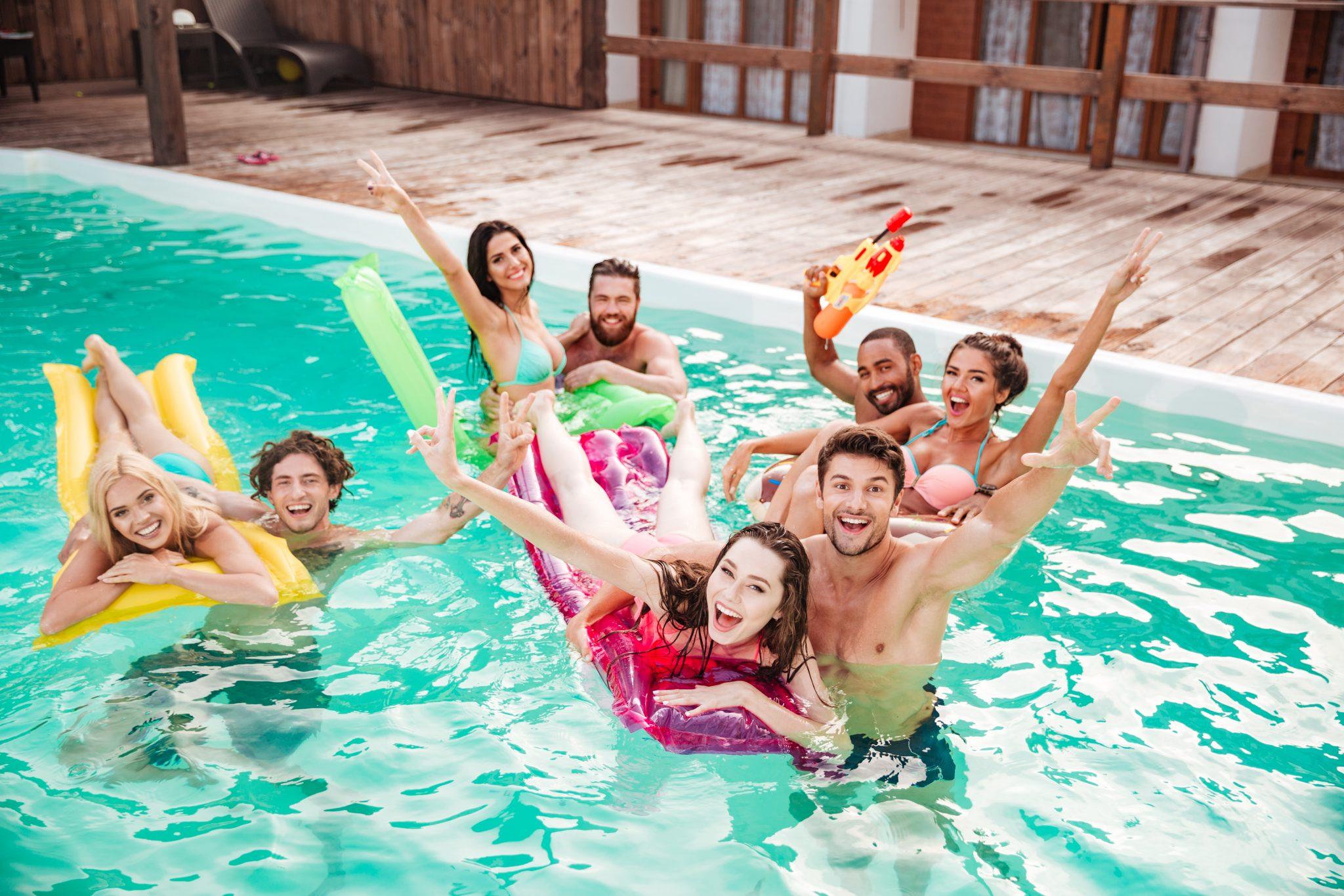 15 Simple DIY Summer Pool Party Tips -
