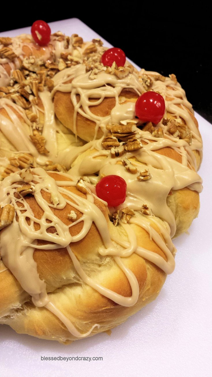 Holiday Braided Bread Ring
