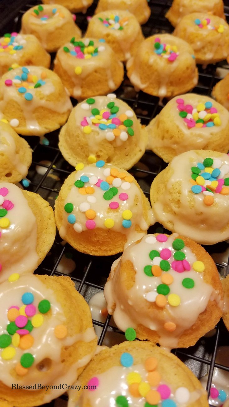 Mini Doughnut Bites