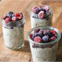 Skinny Overnight Oats in a Jar