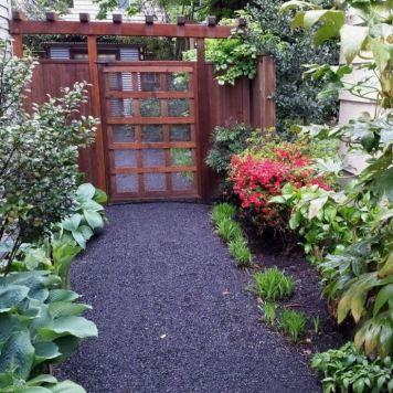gravel path - no trim