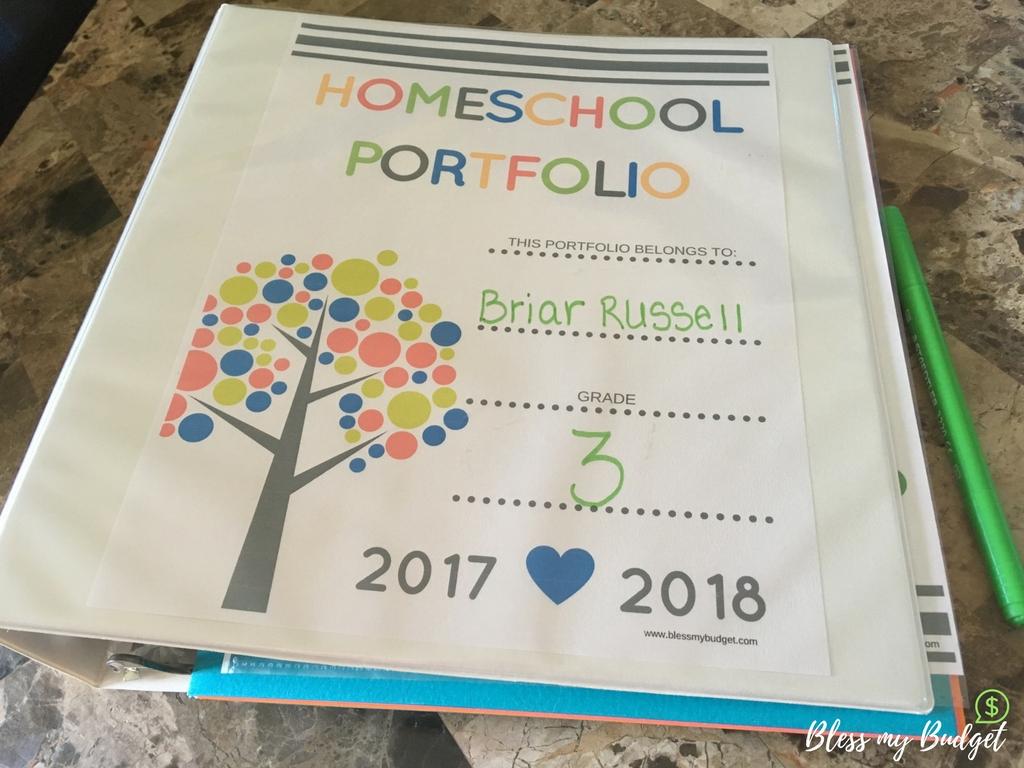 How to set up a homeschool portfolio binder - Free Portfolio