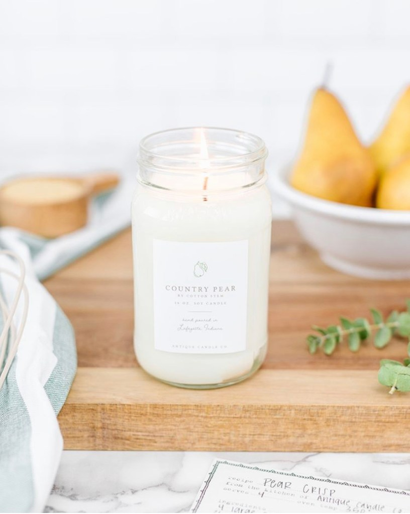 country pear candle burning