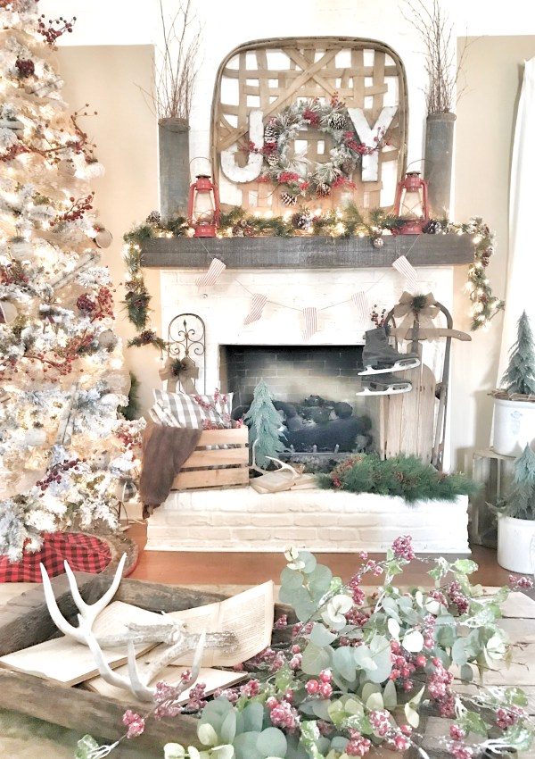 Deck the Blogs- A Christmas Home Tour