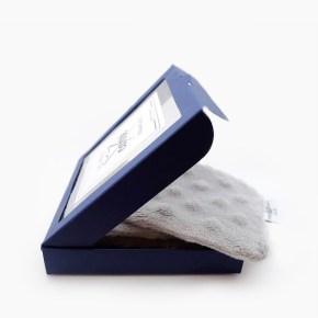 Lingette démaquillante lavable double face de 9x9cm. Extras douces et idéales pour les peaux sensibles.