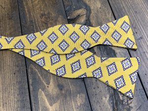 """100% Silk Self Bow Tie Adjustable Neck Size 14.5"""" - 20"""" Traditional Butterfly"""