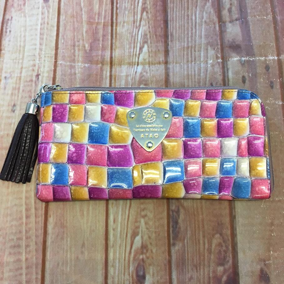 宝石のようなアタオの財布