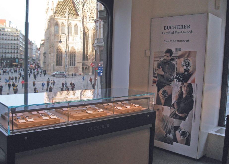 Im 1. Stock der Wiener Bucherer-Filiale – mit einzigartigem Blick auf den Stephansdom – gibt es seit letztem Herbst einen CPO-Corner.