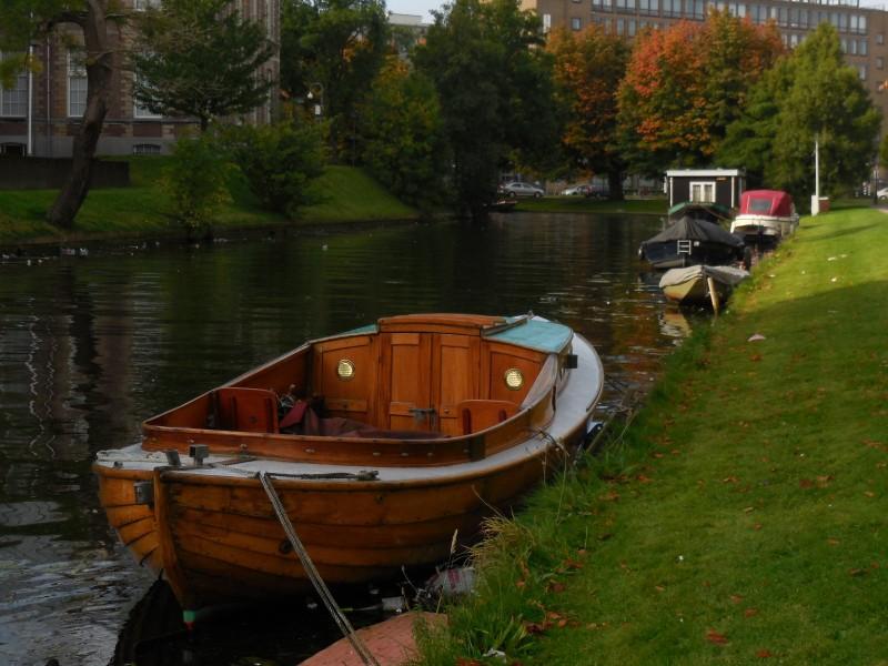 Bootjes, Leiden