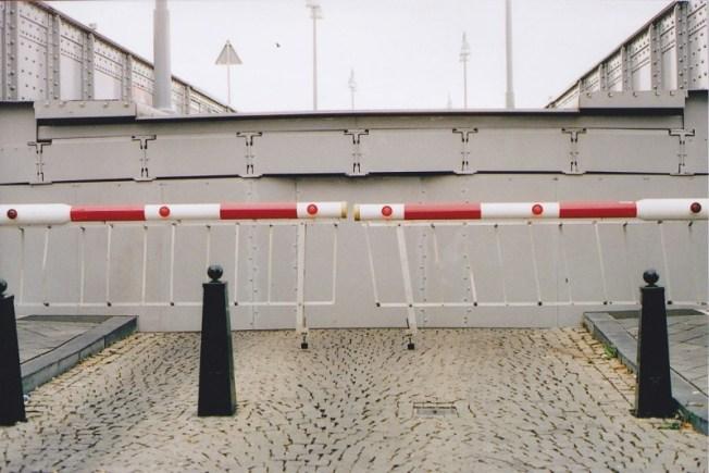 Open brug in Maastricht