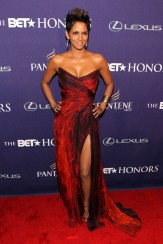 BET+Honors+2013+Red+Carpet+Halle+Berry