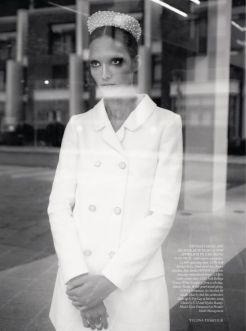 cora-emmanuel-harpers-bazaar-uk-february-2013-5